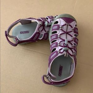 Khombu Shoes - Purple and pink girls sandals